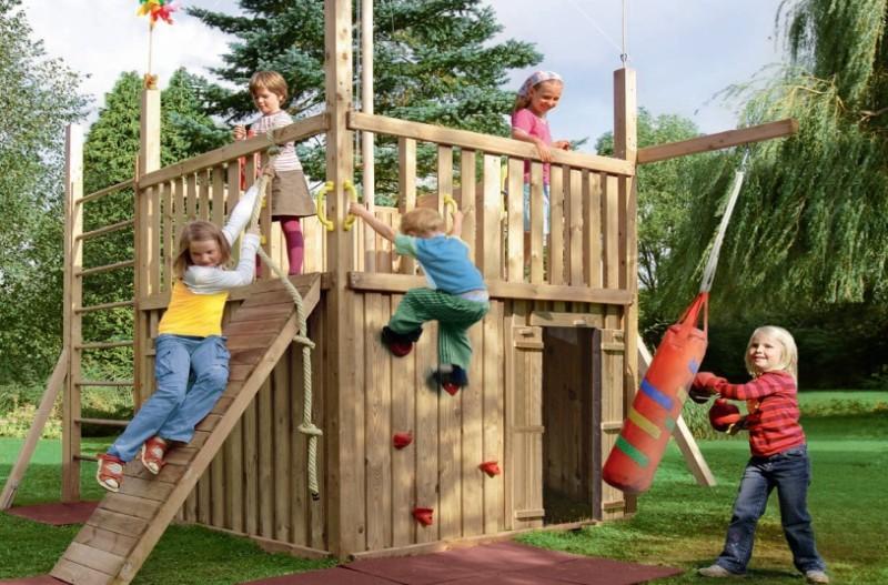 plac zabaw dla dzieci w ogrodzie. Black Bedroom Furniture Sets. Home Design Ideas