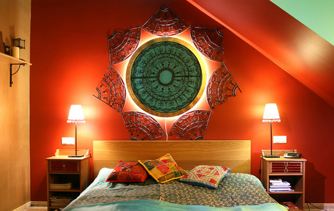 Czerwień w sypialni