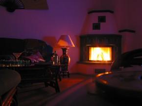 kominek w mieszkaniu