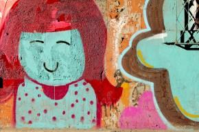 malowanie farbami w sprayu