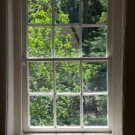 tradycyjne drewniane okna /www.sxc.hu