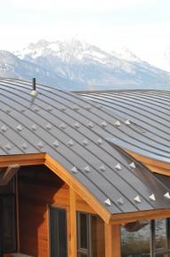 blaszane pokrycie dachu